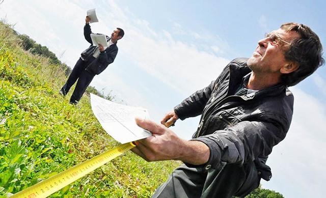 Самовольно занятые участки разрешат частично оформить в собственность