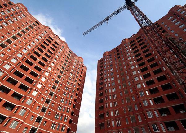 В 1 квартале 2017 года объемы строительства жилья упали на 15%