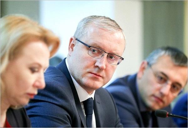 За 3 месяца в России обанкротились 90 застройщиков