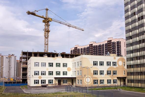 В 2016 году в Ленобласти построят и реконструируют 200 соцобъектов