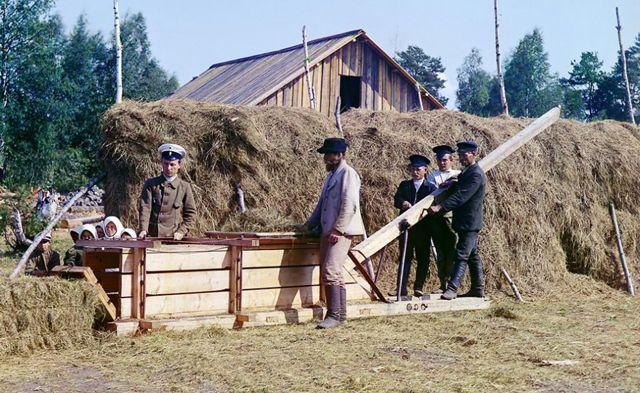 Не брус и не блоки: строительство домов из соломы
