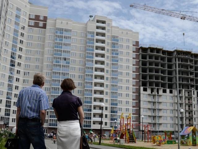 Путин: в 2018 году нужно запретить продажу строящихся квартир