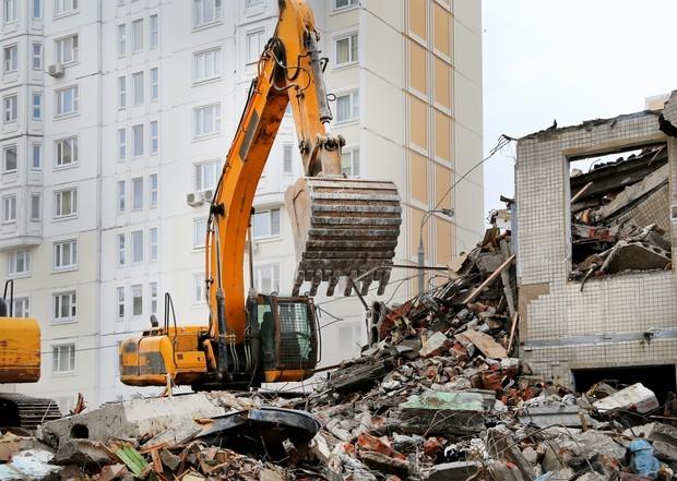 Минстрой ускорит снос аварийного жилья