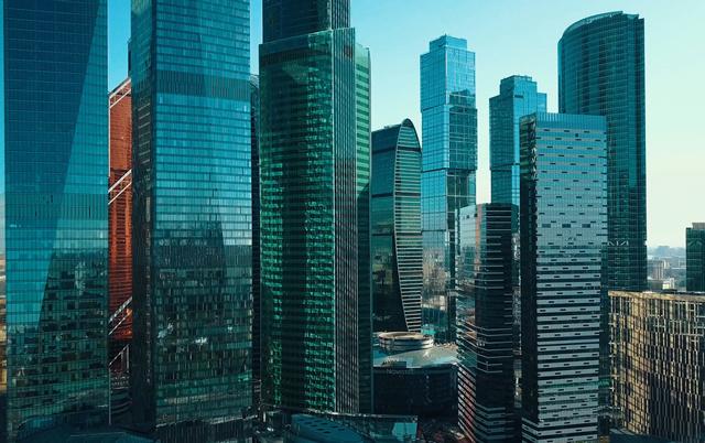 В Москве арендаторы меняют офисы ради рублевых ставок