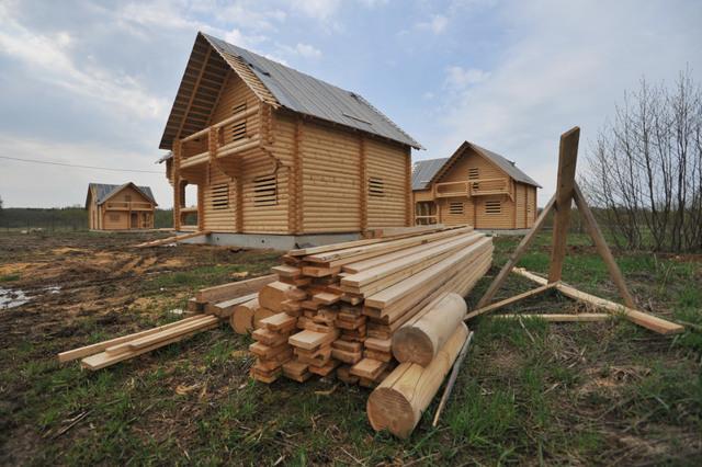Власти будут развивать льготную ипотеку на деревянные дома