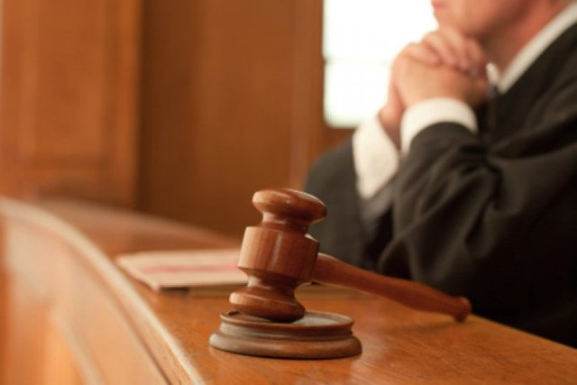 В Петербурге главу ЖСК судят за хищение средств