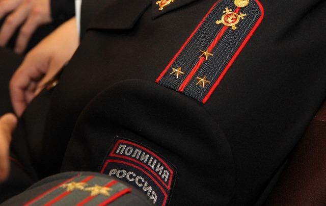 В Петербурге высокие чины полиции попытались присвоить служебные квартиры