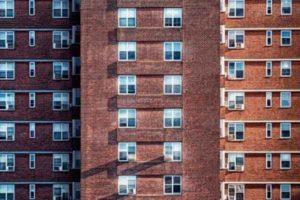 Как доказать, на чьи средства купили квартиру?