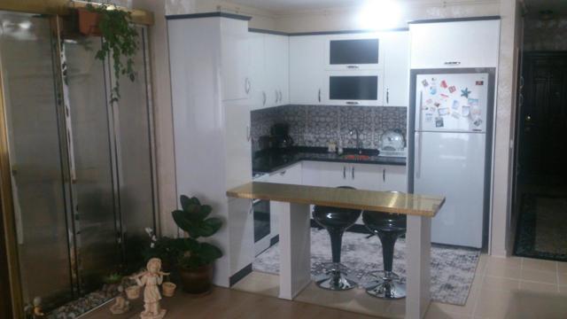 Интерьеры больших и маленьких кухонь: фото
