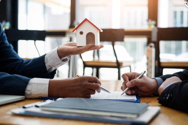 Сделки с жильем можно будет оформлять удаленно через нотариуса