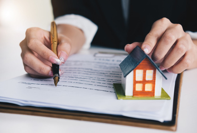 Как отказаться от доли в приватизированной квартире?