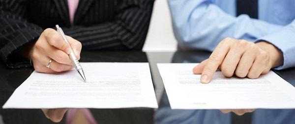 Нотариусы начали бесплатно регистрировать сделки в Росреестре