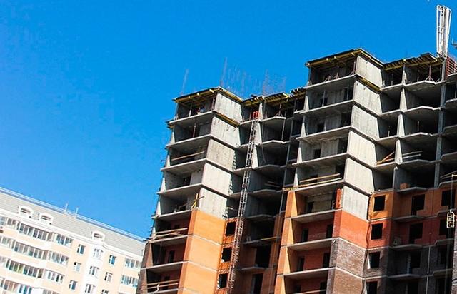 Застройщик обещает отдать квартиры бесплатно, если не сдаст новостройки в срок