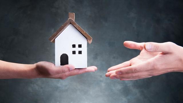 Можно ли заявить о наследстве на неприватизированную квартиру?