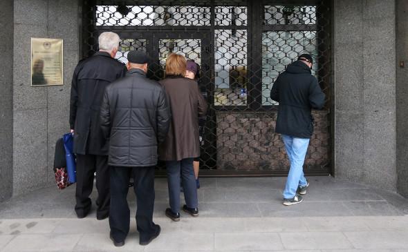 «Росбанк» спишет часть долга малоимущим валютным заемщикам