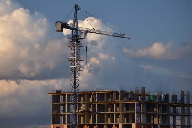 Темпы сдачи жилья в России выросли на четверть