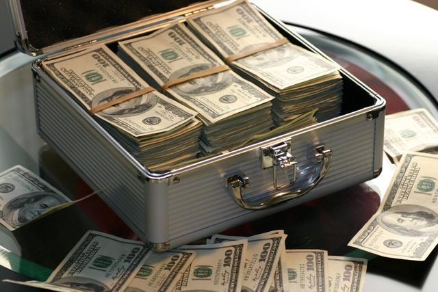 Как проходит передача денег при покупке квартиры?