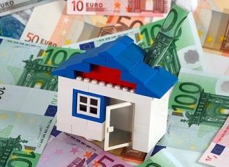 Заемщикам валютной ипотеки могут дать кредитные каникулы