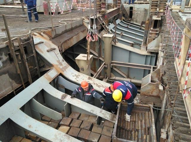 Власти Петербурга не нашли желающих реконструировать Тучков мост