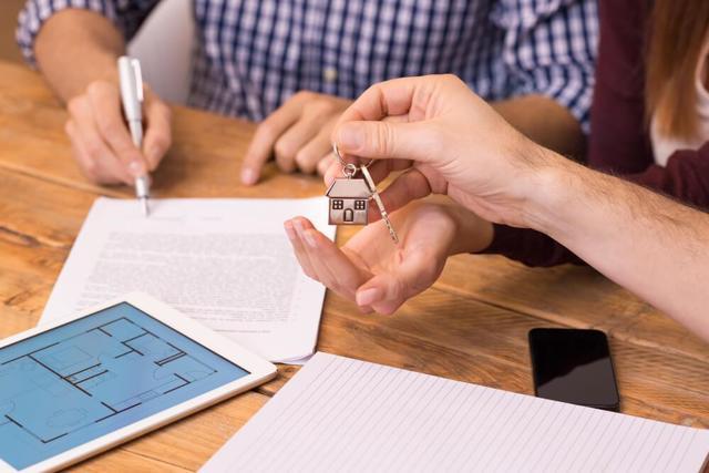 Новый закон может запретить сдавать квартиру без ведома соседей