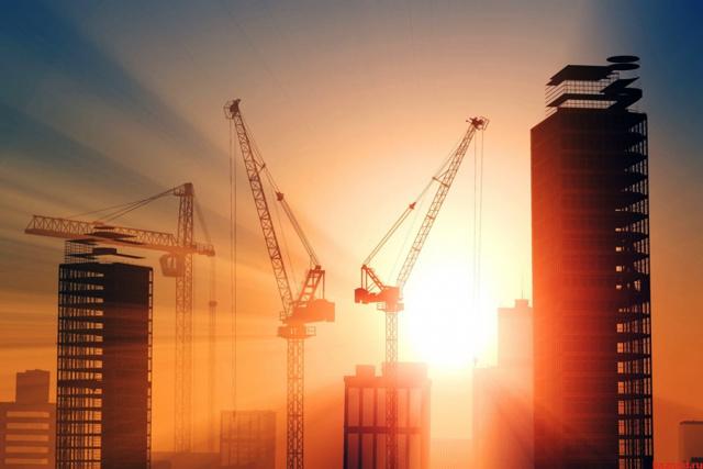Спад строительства и инвестиций в России почти прекратился