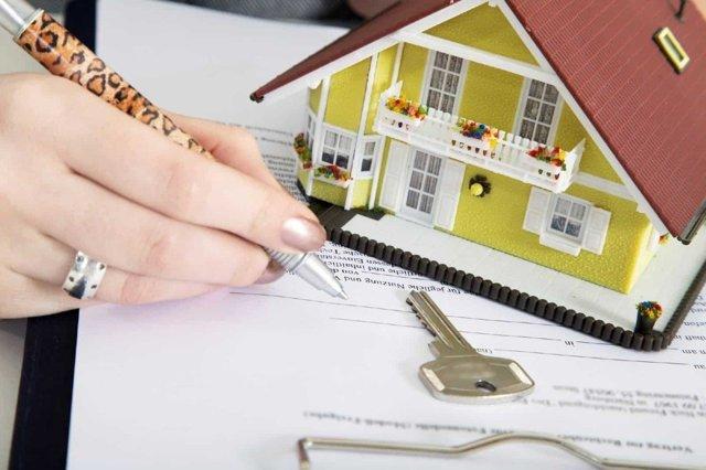 Документы при покупке квартиры: увидеть, подписать, получить