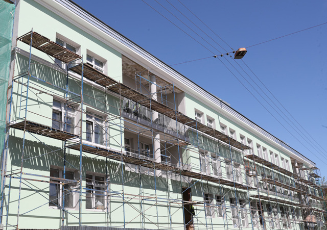 Власти Петербурга решили бороться с долгостроями