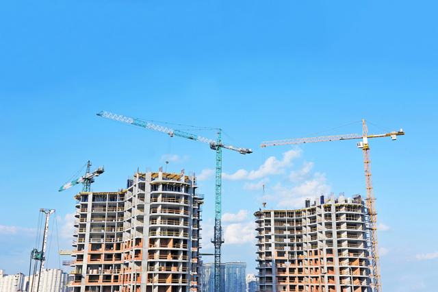 Ограничение долевого строительства сделает популярнее жилье на стадии котлована