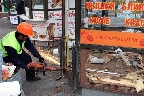 В Петербурге на Сенной площади до конца года снесут все киоски
