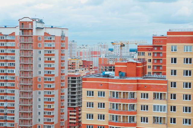 Покупатели квартир бизнес-класса в Москве переключились на эконом