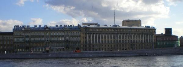 В Петербурге на Воскресенской набережной построят дом