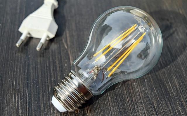 За долги по коммуналке предлагают отключать свет