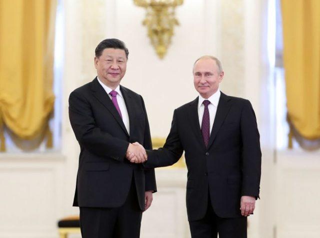 Российские и китайские обои вытесняют из продажи западные