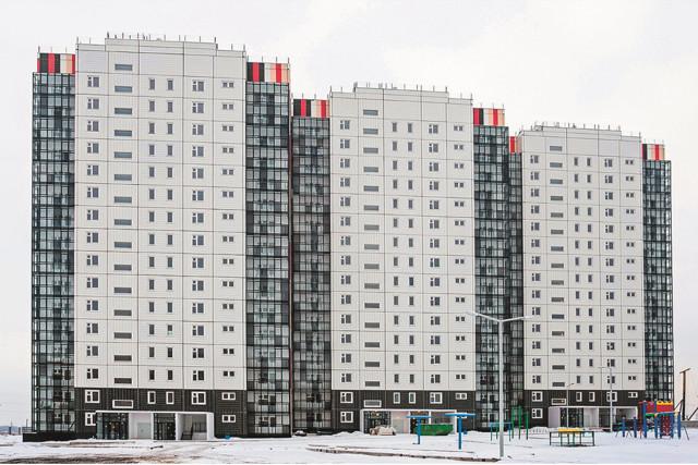 Ввод жилья больше всего сократился в Тюменской и Новосибирской областях