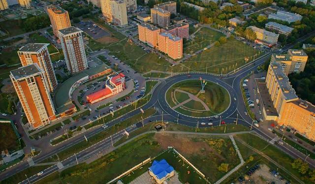 Жители Красноярска и Архангельска чаще других покупают квартиры в Москве и Подмосковье