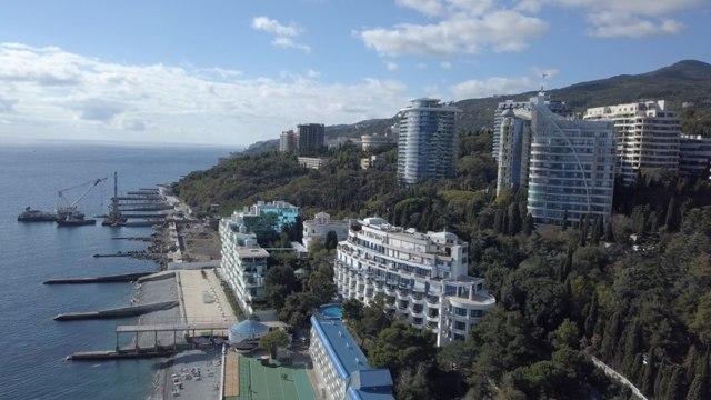 Жилье в Крыму резко дешевеет