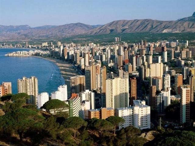 Россияне стали покупать значительно меньше недвижимости за рубежом